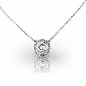 2 Carats round brilliant cut diamonds pendant neck